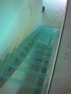 beispiele begehbares glas