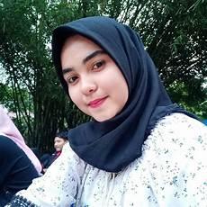 Kumpulan Foto Cewek Jilbab Cantik Dan Manis Untuk Dp Bbm