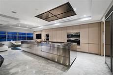 pavimento cucina 100 idee cucine moderne in legno bianche nere colorate