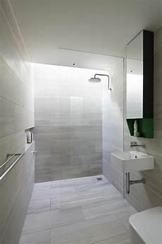 carrelage salle de bain clair la salle de bain avec italienne 53 photos salle
