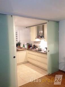 küche mit schiebetür glasschiebet 252 r mit alu beschlag glasprofi24