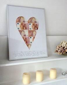 hochzeits geldgeschenke verpacken geldgeschenke originell verpacken herz aus scheinen