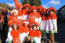 Gruppe Kostüme Selber Machen - fliegenpilz kost 252 m karneval gruppe karneval in 2019