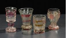 bicchieri antichi lotto di quattro bicchieri in vetro di boemia