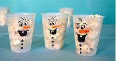 bicchieri per pop corn festa a tema frozen 10 idee per compleanni di bambini
