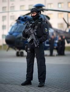 Ausmalbilder Polizei Spezialeinheit Bildergalerie Neue Polizei Spezialeinheit Quot Bfe