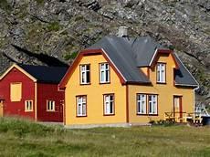 immobilien in norwegen ein kleines haus am meer kaufen