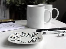 comment personnaliser un mug diy comment personnaliser une tasse toute blanche