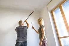 Decke Streichen Zimmerdecke Richtig Ausmalen Anleitung