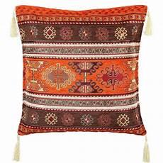 coussin orange et marron coussin au d 233 cor ethnique orange et marron kapadokia