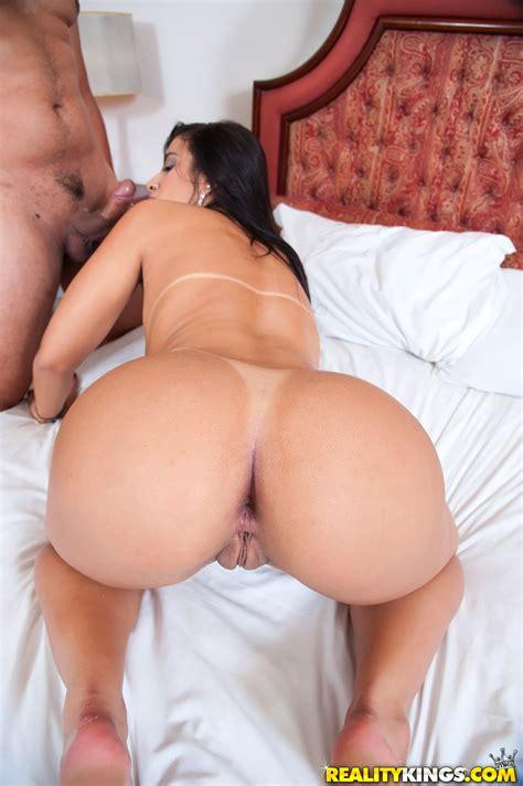 Brazilian Hot Anal