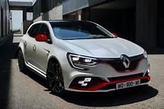 Renault M 233 Gane Rs Trophy 2018 Ce Que L On Sait Sur La