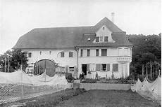 Haus Schwarz Und Weiß - geschichte