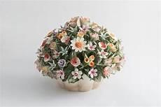 prezzo fiori cesto di fiori di co in porcellana di capodimonte