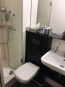 Waschbecken Kleines Bad - das kleinste bad der welt badezimmer mit 2 5 qm dusche