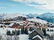 location ski alpe d huez alpe d huez ski holidays in location slopes