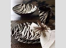 zebra striped dinnerware   Zebra stripes