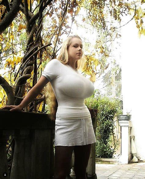 Big Natural Tits Teen