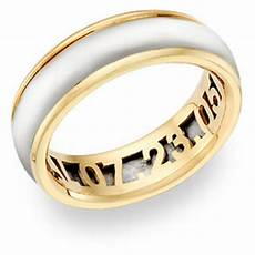 10 unique ideas to personalize your wedding rings