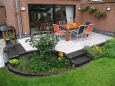 terrasse mit stufen gartenideen
