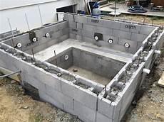 construire un spa juin 2015 construction d une piscine en b 233 ton 233 quip 233 e spa