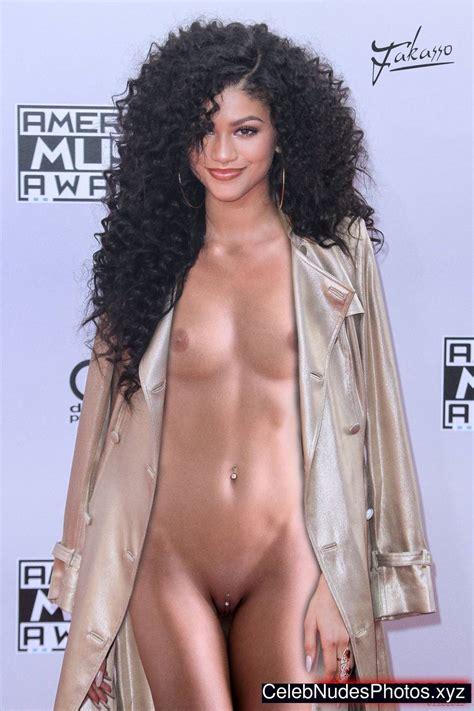 Zendaya Coleman Nude