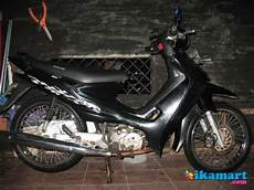 Smash Modifikasi by Modifikasi Suzuki Smash 2004 Dasar Otomotif