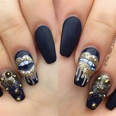 50 amazing black nail designs you are sure to love