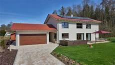 einfamilienhaus mit keller wohnflaeche 213 m2 haus