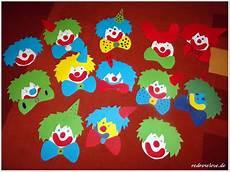 basteln zum fasching wir basteln f 252 r karneval clown fensterbilder redroselove