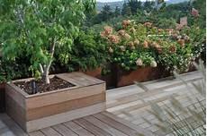 vasi da terrazzo in plastica vasi da giardino moderni best il colore with vasi da