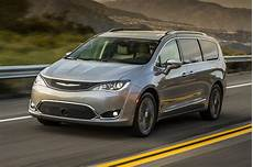 2017 Chrysler Pacifica Drive Review Motor Trend