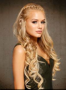 long hairstyles for round face shape hairstyle for round