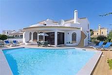 location villa au portugal avec piscine location villa portugal algarve rayon braquage voiture norme