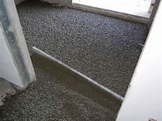pavimenti isolanti isolare un pavimento isolamento come fare isolamento