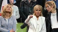 Brigitte Macron Sie Ist Eine Pr 228 Sidentenfrau Der Ganz