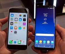 Vergleich S8 Und S8 Plus - seite an seite iphone 7 und samsungs galaxy s8 im