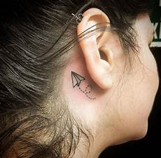 kleine tattoos hinterm ohr 45 tiny tattoos that are in every way temporary