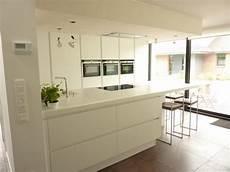 cuisine blanche laquée plan de cuisine blanc atwebster fr maison et mobilier