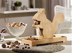 Weihnachtsdeko Aus Holz Selbst Gemacht - eichh 246 rnchen nussknacker bauanleitung nussknacker