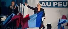 Europ 233 Ennes Dans Le Vaucluse Marine Le Pen Enfile