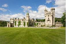 inside balmoral castle where the queen spends summer holidays mirror online