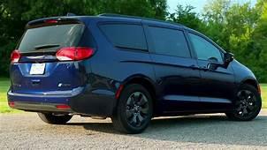 2019 Chrysler Pacifica Hybrid Suv  Cars