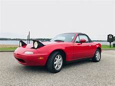 manual cars for sale 1990 mazda mx 5 lane departure warning no reserve 1990 mazda mx 5 miata for sale on bat auctions sold for 5 600 on october 23 2018