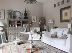 salon taupe et blanc deco salon taupe gris blanc