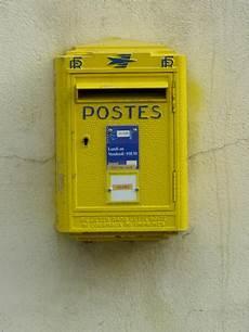 boite aux lettres poste la poste au coeur des services en milieu rural mais 224