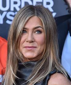 jennifer aniston at murder mystery premiere in los angeles