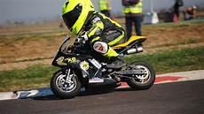 de motos las 5 mejores motos para gente con baja estatura ducati harley davidson triumph kawasaki