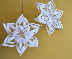 Weihnachtsdeko Basteln Aus Papier - 3d schneeflocken zum aufh 228 ngen weihnachten basteln