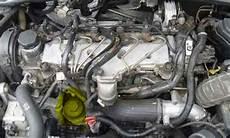 Volvo D5 Motor - how to change engine volvo d5 2 4d d3 d4 diesel engines